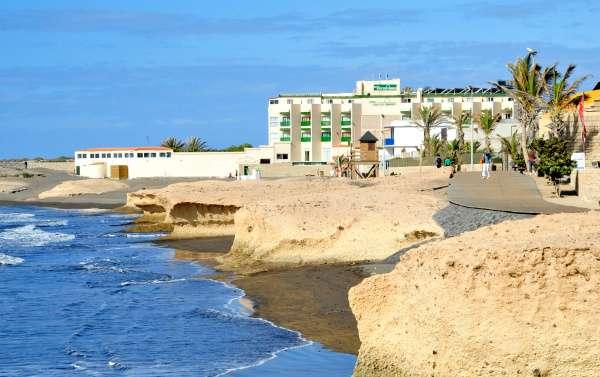 Hotel Playa Sur Tenerife y la Playa del el Medano